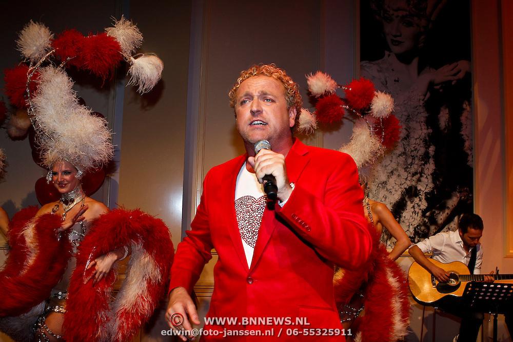 """NLD/Hilversum/20100409 - Boekpresentatie Gordon Heuckeroth """" de Liefde """", optreden"""