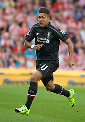 STOKE-ON-TRENT, ENGLAND - Sunday, August 9, 2015: Liverpool's Roberto Firmino in action on his debut against Stoke City during the Premier League match at the Britannia Stadium. (Pic by David Rawcliffe/Propaganda)
