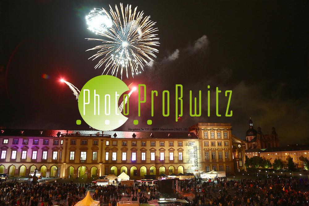 Mannheim. 12.09.15 Universit&auml;t. Schlossfest. Er&ouml;ffnung im Ehrenhof.<br /> <br /> Bild: Markus Pro&szlig;witz 12SEP15 / masterpress