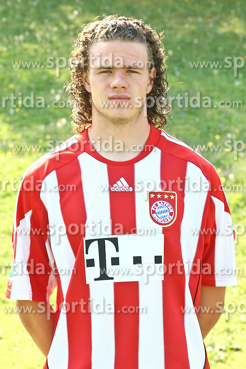 16.07.2010, FC Bayern Gelaende, Muenchen, GER, 2. FBL, FC Bayern Muenchen II Fototermin, im Bild Deniz Mujic (Bayern II Nr28)  , EXPA Pictures © 2010, PhotoCredit: EXPA/ nph/  Straubmeier / SPORTIDA PHOTO AGENCY