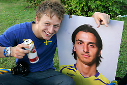 Fan of Sweden with picture of Zlatan Ibrahimovic of Sweden (10) at the fanzone before the UEFA EURO 2008 Group D soccer match between Sweden and Russia at Stadion Tivoli NEU, on June 18,2008, in Innsbruck, Austria. Russia won 2:0. (Photo by Vid Ponikvar / Sportal Images)