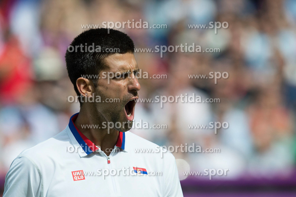 02.08.2012, Wimbledon, London, GBR, Olympia 2012, Tennis, im Bild Novak Djokovic (SRB) // during Tennis, at the 2012 Summer Olympics at Wimbledon, London, United Kingdom on 2012/08/02. EXPA Pictures © 2012, PhotoCredit: EXPA/ Freshfocus/ Valeriano Di Domenico..***** ATTENTION - for AUT, SLO, CRO, SRB, BIH only *****