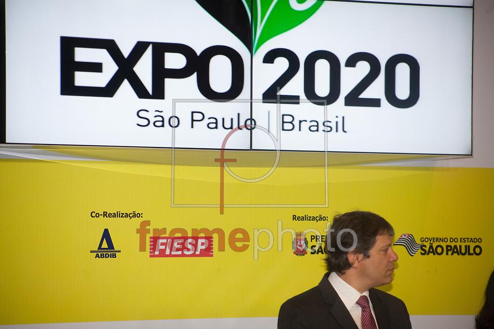 São Paulo/SP - 20/09/2013 - O Prefeito de São Paulo Fernando Haddad e o Vice Presidente Michel Temer participam do Simposio São Paulo Força da Diversidade, que debate a candidatura paulistana à Exposição Universal (Expo) 2020. Foto: Raphael Pascoal/Frame.