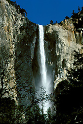CA: Yosemite National Park, Bridal Veil Falls        .Photo Copyright: Lee Foster, lee@fostertravel.com, www.fostertravel.com, (510) 549-2202.cayose217