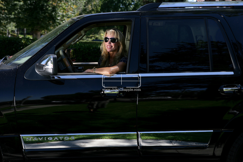27th July 2007, Hollywood, California. Hollywood housewife, Brigette Diller who was stopped in her big SUV vehicle (4x4) by actor Brad Pitt. The Hollywood heart throb allegedly mistook Brigette for a paparazzi photographer and started shooting pictures and shouting at the startled housewife. Paparazzi photographers are known to drive big SUV vehicles with dark tinted windows in Hollywood. PHOTO © JOHN CHAPPLE / REBEL IMAGES.310 570 9100. john@chapple.biz    www.chapple.biz