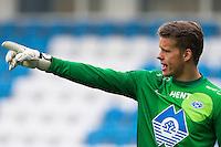 Treningskamp fotball 2014: Molde - Aalesund. Moldes keeper Ørjan Nyland dirigerer laget i treningskampen mellom Molde og Aalesund på Aker stadion.