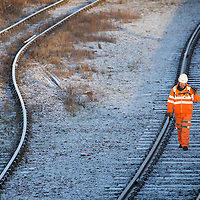 Network Rail engineers at work on the frozen tracks at Perth Railway Station on the day (12.01.17) that ScotRail announced a significant improvement to services in the weeks after the ScotRail improvement plan was implemented on the 29th Novemmber 2016..<br />
