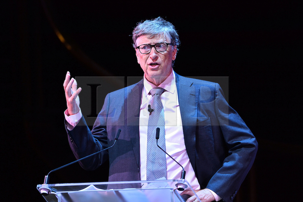 """© Licensed to London News Pictures. 26/10/2016.  BILL GATES makes a keynote speech at the Joint Session Grand Challenges and Keystone Symposia """"Translational Vaccinology in Global Health"""" conferences, October 26, 2016, London, UK.""""<br /> <br /> London, UK. Photo credit: Ray Tang/LNP"""