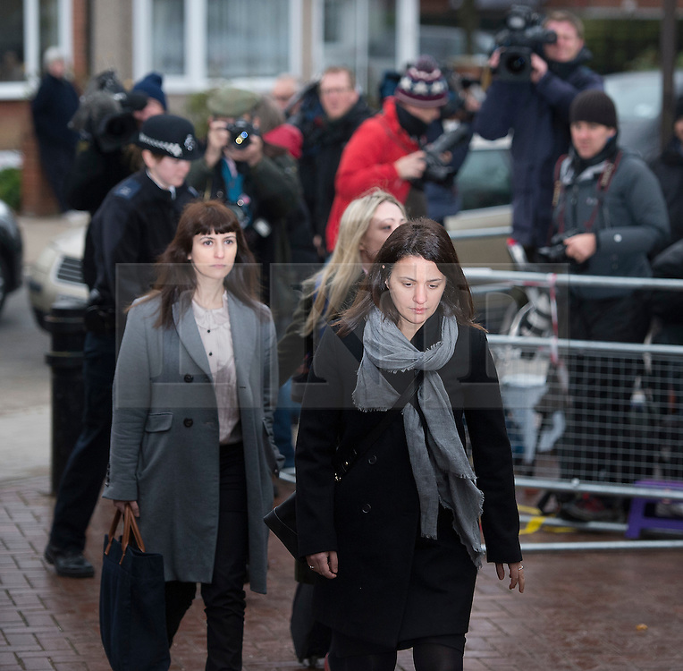 © Licensed to London News Pictures. 27/01/14 The Metropolitan Police Service (MPS) have stated there will be no further action by police against NIGELLA LAWSON in connection with drug use. FILE PICTURE DATED 04/12/2013. London, UK. Italian Sisters Elisabetta 'Lisa' (right in grey jacket) and Francesca (left with grey scarf) Grillo, who are the former personal assistants to Charles Saatchi and Nigella  Lawson, arriving at Isleworth Crown Court in London. The pair, who face fraud charges, are accused of misappropriating funds while working for Saatchi and Lawson. Photo credit : Ben Cawthra/LNP