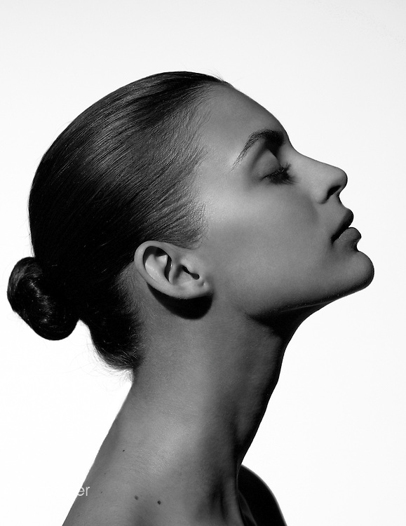 Model: Marianna Romanelli