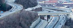 THEMENBILD - die stark befahrenene A12- Inntalautobahn, aufgenommen am 27.12.2015 in Innsbruck // he busy A12 - Inntalautobahn in Innsbruck, Austria on 2015/12/27. EXPA Pictures © 2015, PhotoCredit: EXPA/ Jakob Gruber