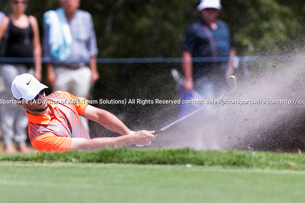 November 22, 2014: Kyle Stanley plays out of the bunker during the third round of the Australian Golf Masters at Metropolitan Golf Club, Melbourne Victoria Australia