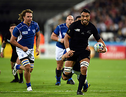 Malakai Fekitoa of New Zealand goes on the attack - Mandatory byline: Patrick Khachfe/JMP - 07966 386802 - 24/09/2015 - RUGBY UNION - The Stadium, Queen Elizabeth Olympic Park - London, England - New Zealand v Namibia - Rugby World Cup 2015 Pool C.