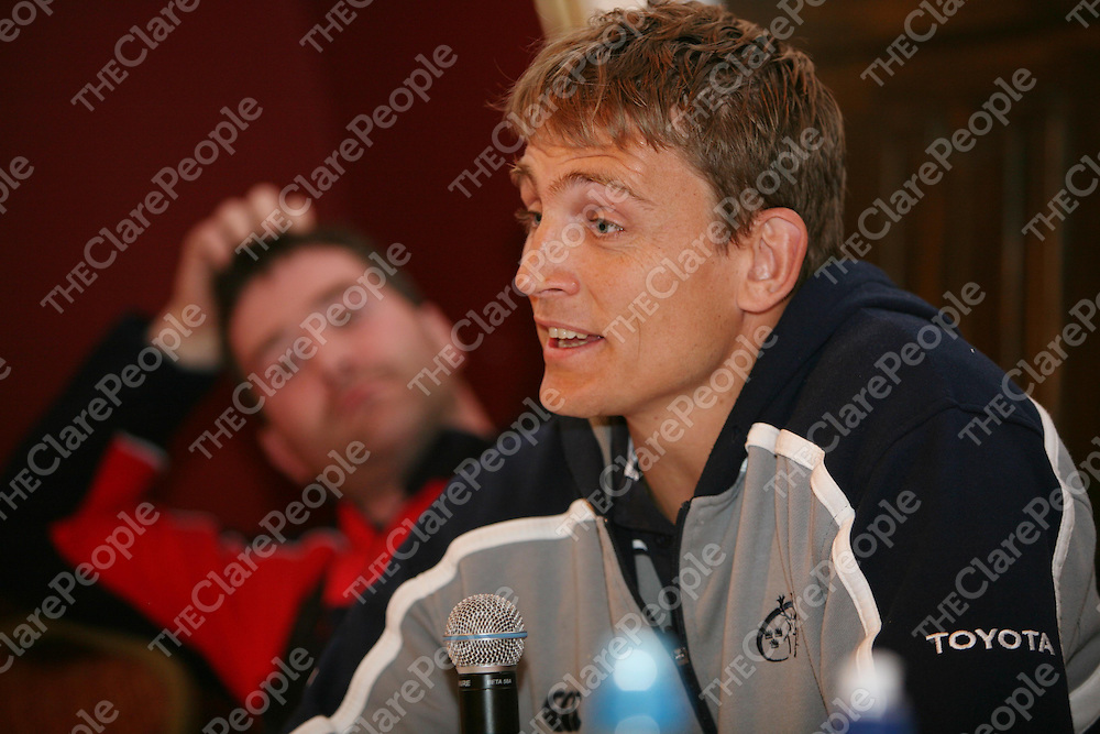 Shaun Payne speaking at the Munster Rugby Breakfast in the Templegate Hotel on Friday in aid of Cahercalla Hospice.<br />