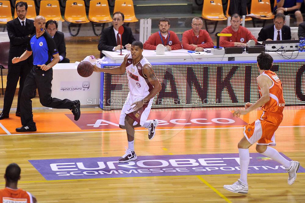 Udine, 18/05/2011..PalaCarnera. Campionato di Basket LegaDue 2010/11. Playoff Gara 3. .Snaidero Udine vs Umana Venezia..Nella foto: Tamar Slay..Foto di Simone Ferraro