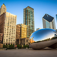 Picture of Cloud Gate The Bean and Chicago Skyline. Photo includes The Heritage at Millennium Park building, Crain Communications Building (formerly Smurfit Stone building) and Trump Tower building. Photo is high quality and high resolution.