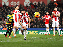 Jonathan Walters of Stoke City chases the ball - Mandatory byline: Robbie Stephenson/JMP - 13/01/2016 - FOOTBALL - Britannia Stadium - Stoke, England - Stoke City v Norwich City - Barclays Premier League