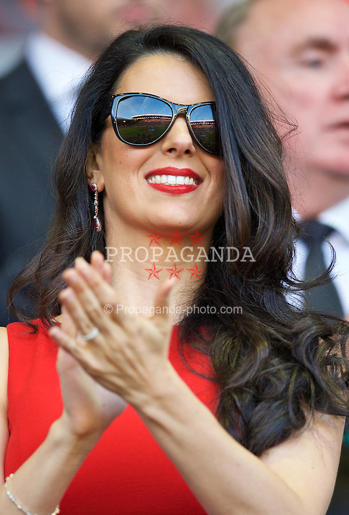 LIVERPOOL, ENGLAND - Monday, August 17, 2015: Liverpool's Linda Pizzuti, wife of Liverpool FC owner John W. Henry during the Premier League match against AFC Bournemouth at Anfield. (Pic by David Rawcliffe/Propaganda)