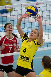 08-02-2015 GER: USC Muenster - Allianz MTV Stuttgart, Munster<br /> Zuspiel Tess von Piekartz (#4 Muenster)<br /> <br /> ***NETHERLANDS ONLY***