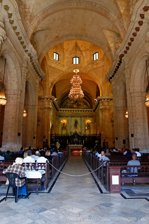 Central America, Cuba, Havana. Sunday mass in Cathedral of Havana.