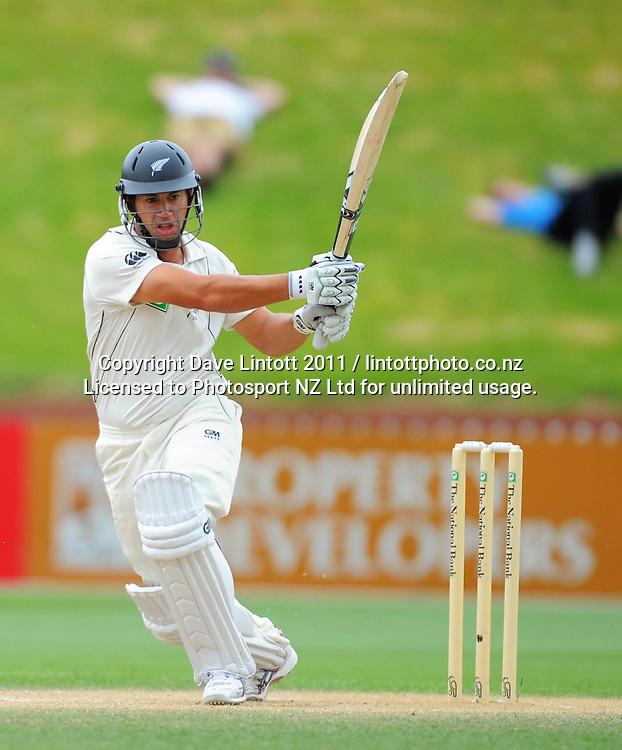 NZ's Ross Taylor. 2nd cricket test match - New Zealand Black Caps v Pakistan, day four at the Basin Reserve, Wellington, New Zealand on Tuesday, 18 January 2011. Photo: Dave Lintott / photosport.co.nz