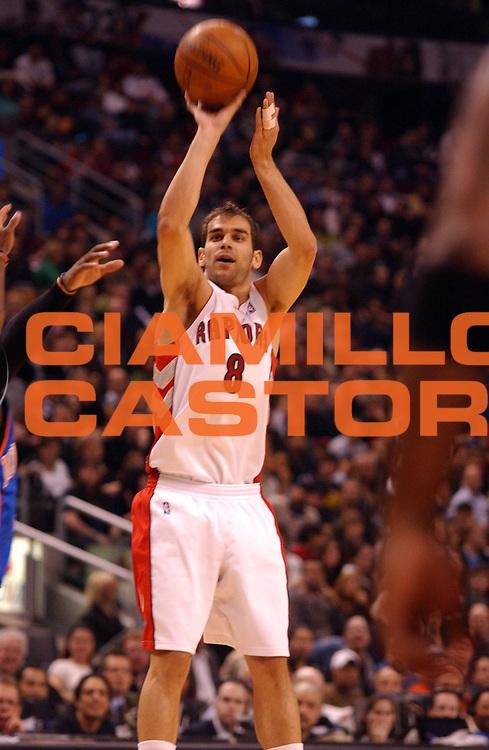 DESCRIZIONE : Toronto Campionato NBA 2007-2008 Toronto Raptors New York Knicks<br /> GIOCATORE : Jose Calderon<br /> SQUADRA : Toronto Raptors New York Knicks<br /> EVENTO : Campionato NBA 2007-2008 <br /> GARA : Toronto Raptors New York Knicks<br /> DATA : 24/02/2008 <br /> CATEGORIA : tiro<br /> SPORT : Pallacanestro <br /> AUTORE : Agenzia Ciamillo-Castoria/V.Keslassy<br /> Galleria : NBA 2007-2008 <br /> Fotonotizia : Toronto Campionato NBA 2007-2008 Toronto Raptors New York Knicks<br /> Predefinita :