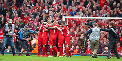 13.04.2014, Anfield, Liverpool, ENG, Premier League, FC Liverpool vs Manchester City, 34. Runde, im Bild Liverpool players celebrate their 3-2 victory over Manchester City // during the English Premier League 34th round match between Liverpool FC and Manchester City at Anfield in Liverpool, Great Britain on 2014/04/13. EXPA Pictures &copy; 2014, PhotoCredit: EXPA/ Propagandaphoto/ David Rawcliffe<br /> <br /> *****ATTENTION - OUT of ENG, GBR*****