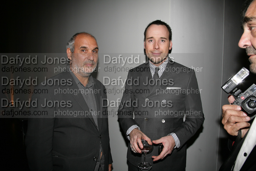 ALAN YENTOB AND DAVID FURNISH, Dali and Film. Tate Modern. 30 May 2007.  -DO NOT ARCHIVE-© Copyright Photograph by Dafydd Jones. 248 Clapham Rd. London SW9 0PZ. Tel 0207 820 0771. www.dafjones.com.