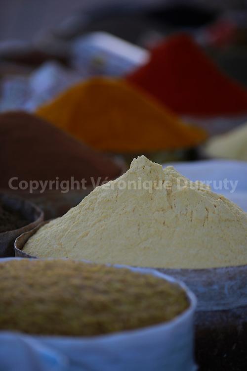 epices, Souk de Toundoute, Maroc Sud // Spices,  Toundoute Souk, Southern Morocco
