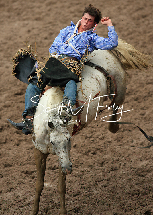 Bareback Rider David Ross on Glass Slipper, 27 July 2007, Cheyenne Frontier Days