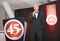 CARDIFF, WALES - Tuesday, October 7, 2008: Sky Sports Bryn Law at the Brains Beer Wales Football Awards at the Millennium Stadium. (Photo by David Rawcliffe/Propaganda)