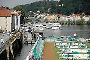 Duitsland, Passau, 8-6-2008Vanuit deze stad aan de rivieren Donau en de Innn vertrekken veel rondvaartboten,cruiseschepen voor een tocht over het water.Foto: Flip Franssen/Hollandse Hoogte