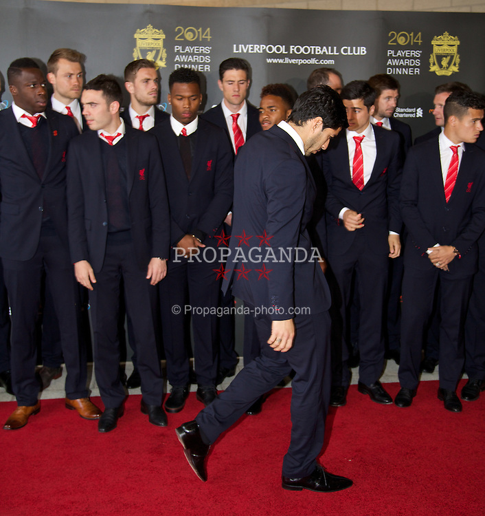 LIVERPOOL, ENGLAND - Tuesday, May 6, 2014: The Liverpool's Luis Suarez arrives on the red carpet for the Liverpool FC Players' Awards Dinner 2014 at the Liverpool Arena. (Pic by David Rawcliffe/Propaganda)
