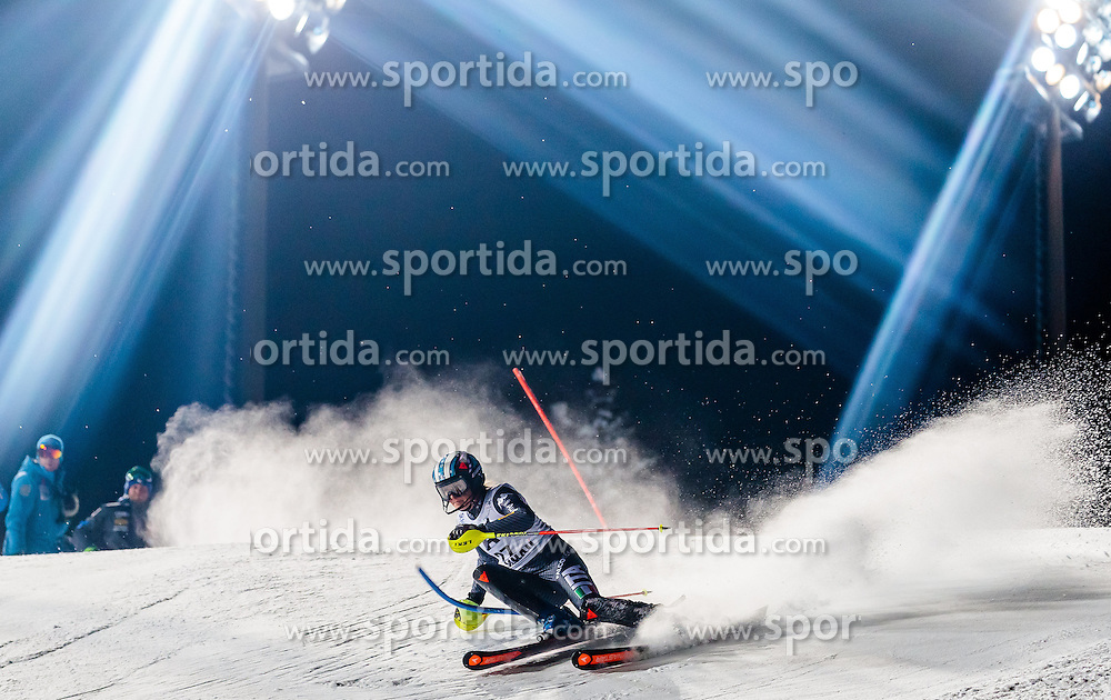 10.01.2017, Hermann Maier Weltcupstrecke, Flachau, AUT, FIS Weltcup Ski Alpin, Flachau, Slalom, Damen, 1. Lauf, im Bild Manuela Moelgg (ITA) // Manuela Moelgg of Italy in action during her 1st run of ladie's Slalom of FIS ski alpine world cup at the Hermann Maier Weltcupstrecke in Flachau, Austria on 2017/01/10. EXPA Pictures © 2017, PhotoCredit: EXPA/ Johann Groder