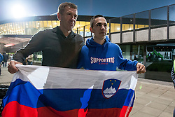Srecko Katanec, head coach of Slovenia with fans after the FIFA World Cup 2014 Group E qualification match between Slovenia and Norway on October 11, 2013 in Stadium Ljudski vrt, Maribor, Slovenia. (Photo by Urban Urbanc / Sportida)