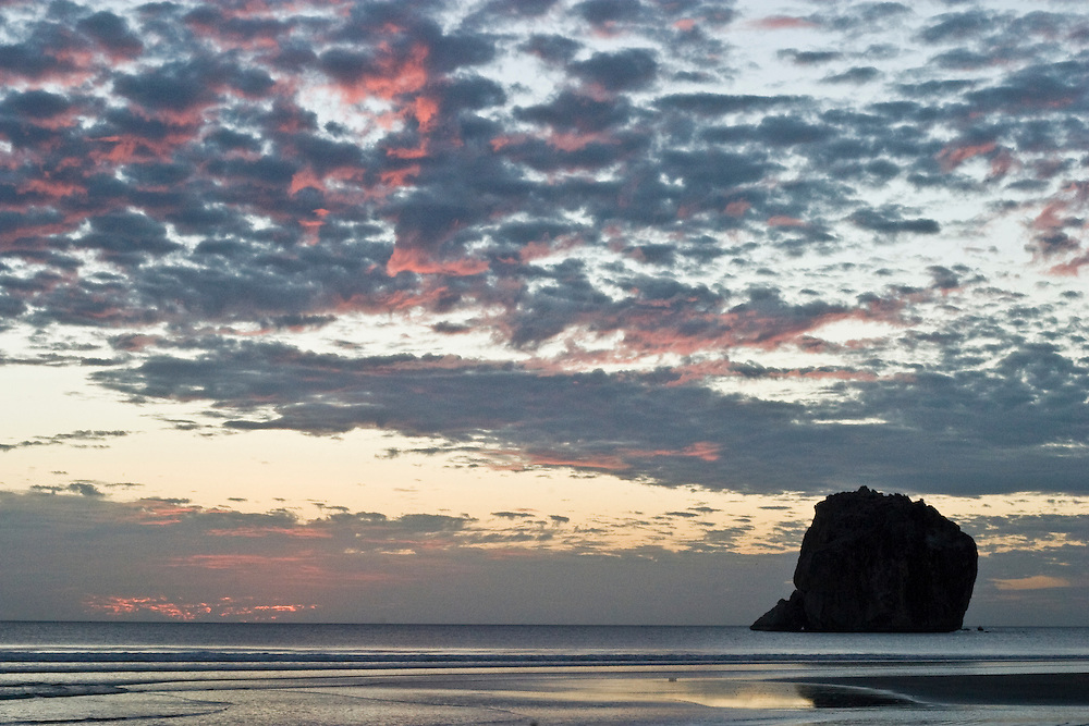 .a surf safari to Witches rock in Santa Rosa National Park