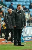Photo: Ed Godden.<br />Coventry City v Brighton & Hove Albion. Coca Cola Championship. 04/02/2006. <br />Brighton manager Mark McGhee (R) and Micky Adams.