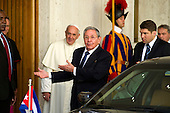 Pope Francis meets Raul Castro