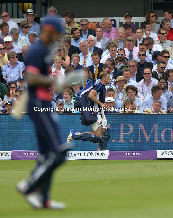 Batsmen number 8, David Willey, runs back from net practice as Alex Hales gets out (left) during a collapse in the third and final Royal London One Day Series match between England and South Africa at Lord's. Photo: Graham Morris / www.photosport.nz