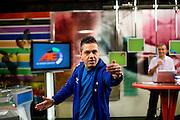 Belo Horizonte_MG, Brasil...Bauxita, torcedor do Cruzeiro, na gravacao do programa esportivo Alterosa Esportes...Bauxita, Cruzeiro fan, in the recording of sport program Alterosa Esportes...Foto: LEO DRUMOND / NITRO