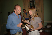 Simon Sebag-Montefiore and Kate Reardon, Book launch of 'A Much Married Man' by Nicholas Coleridge. English Speaking Union. London. 4 May 2006. ONE TIME USE ONLY - DO NOT ARCHIVE  © Copyright Photograph by Dafydd Jones 66 Stockwell Park Rd. London SW9 0DA Tel 020 7733 0108 www.dafjones.com