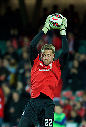 ADELAIDE, AUSTRALIA - Monday, July 20, 2015: Liverpool's goalkeeper Simon Mignolet warms-up before a preseason friendly match against Adelaide United at the Adelaide Oval on day eight of the club's preseason tour. (Pic by David Rawcliffe/Propaganda)