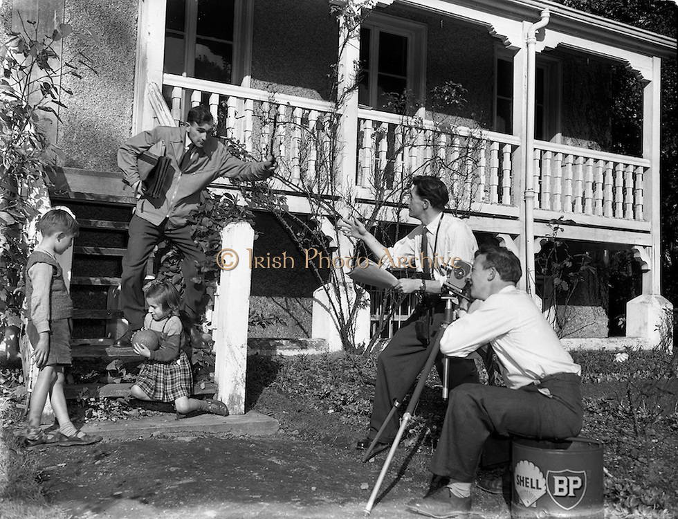 11/10/1958<br /> 10/11/1958<br /> 11 October 1958<br />  Film crew at &quot;Ashurst&quot;. Special for Irish Shell, Film crew in action at &quot;Ashurst&quot; at the top of Mount Merrion Avenue, Dublin.