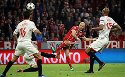 11.04.2018, Allianz Arena, Muenchen, GER, UEFA CL, FC Bayern Muenchen vs Sevilla FC, Viertelfinale, R&uuml;ckspiel, im Bild Arjen Robben schiesst // during the UEFA Champions League Quarterfinal, 2nd leg Match between FC Bayern Muenchen vs Sevilla FC at the Allianz Arena in Muenchen, Germany on 2018/04/11. EXPA Pictures &copy; 2018, PhotoCredit: EXPA/ SM<br /> <br /> *****ATTENTION - OUT of GER*****