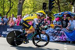 06-05-2016 NED: Giro d Italia 2016 Etappe 1, Apeldoorn<br /> De 99ste editie van de Ronde van Italië. De eerste etappe, een individuele tijdrit van 9,8 kilometer / Enrico Battaglin ITA Team Lotto Jumbo