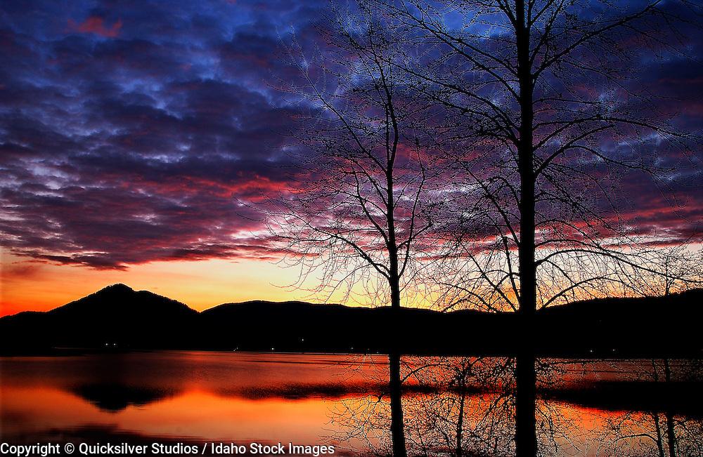 Idaho, Coeur dAlene, Cocolala lake, Sunset
