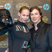 NLD/Amsterdam/20151215 - première van STAR WARS: The Force Awakens!, Nicolette Kluijver en partner Joost Staudt