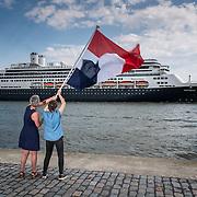 Het schip vaart uit, Holland America Lijn, Rotterdam