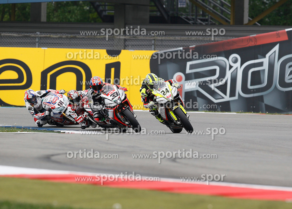 27.04.2014, TT Assen Circuit, Assen, NED, FIM, Superbike World Championship, Assen, Warm Up, Rennen, im Bild 24 Toni Elias vor 33 Marco Melandri, // during the Warm up and Race of Round 3 - Assen FIM Superbike World Championship at the TT Assen Circuit in Assen, Netherlands on 2014/04/27. EXPA Pictures &copy; 2014, PhotoCredit: EXPA/ Eibner-Pressefoto/ Stiefel<br /> <br /> *****ATTENTION - OUT of GER*****