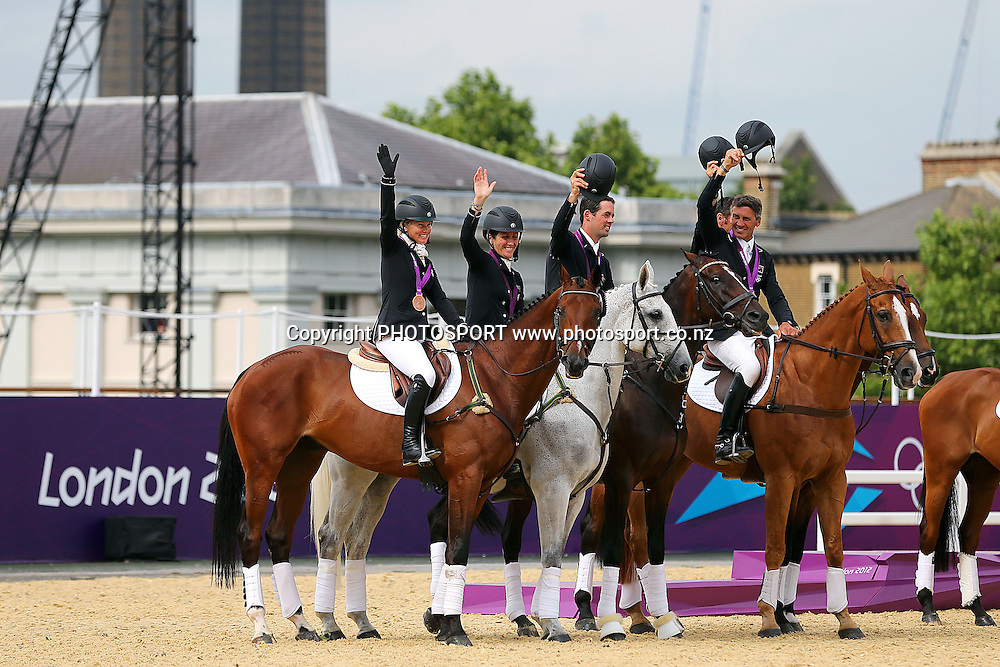 Mark Todd, Jonelle Richards, Caroline Powell, Jock Paget and Andrew Nicholson win Bronze in the Eventing Team Jumping. Olympic Equestrian Eventing, Jumping Final, Greenwich Park, London, United Kingdom. Tuesday 31st July 2012. Photo: Anthony Au-Yeung / photosport.co.nz